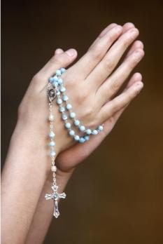 82215-rosario_simbolo_cristianismo