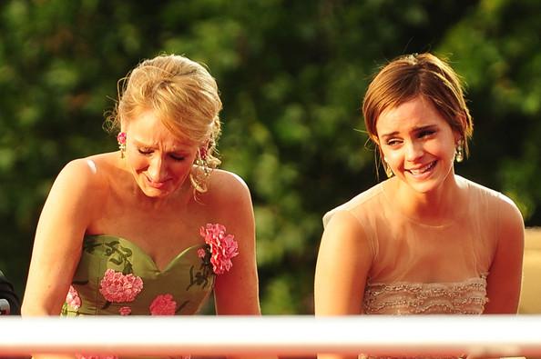 J+K+Rowling+Emma+Watson+UK+Premiere+Harry+NgQ5kf4jl2hl