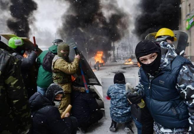 Graves-enfrentamientos-Kiev-dejan-muertos_CLAIMA20140122_0111_14