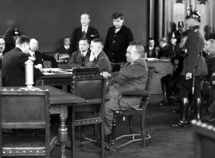01 Marinus van der Lubbe tijdens zijn proces 1933